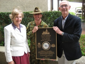Plaque Handover to Major Dugdale 10 01 05 003